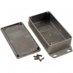 BOX1590BF Diecast box w/ flange
