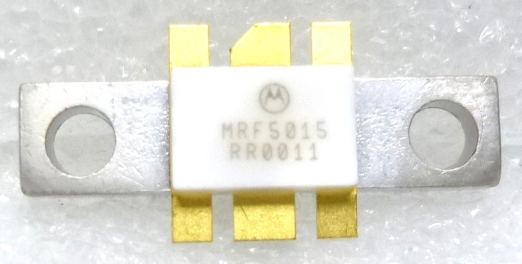 MRF5015 RF Power Field Effect Transistor, RF Mosfet, N–Channel Enhancement–Mode, 512 MHz, 15 W, 12.5 V, Motorola
