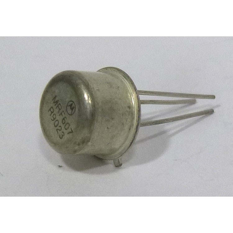 MRF607 NPN Silicon RF Power Transistor, 12.5 V, 175 MHz, 1.75 W, Motorola