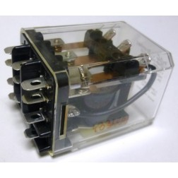 KUMP-14D18-110; Relay, 3pdt, 15 a, enclosed Coil: 110 vdc, 10k ohms, P&B