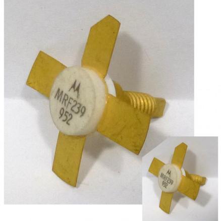 MRF239MP NPN Silicon RF Power Transistor, 13.6 V, 160 MHz, 30 W, Matched Pair, Motorola