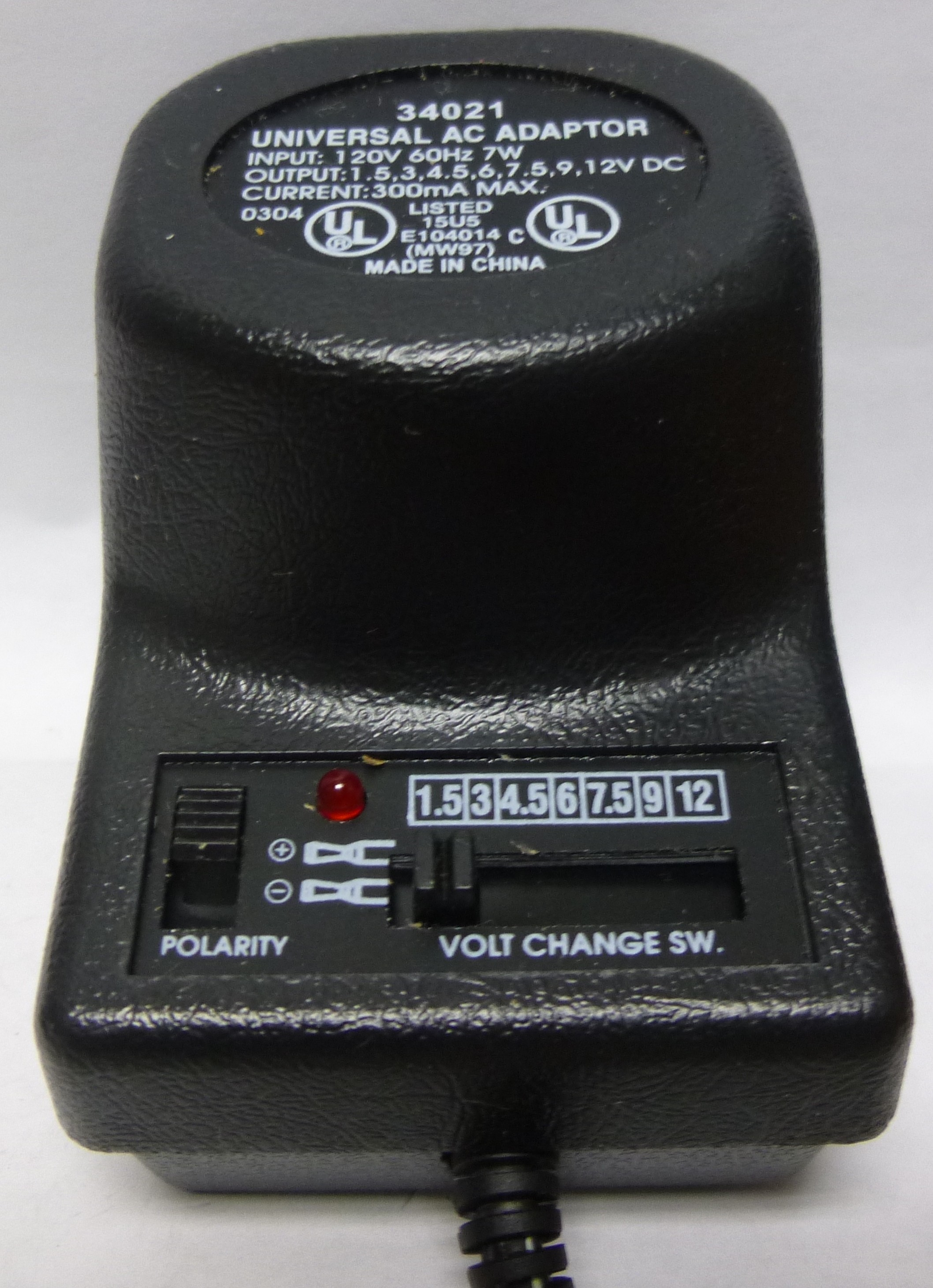 Contemporary Ac Plug Polarity Ornament - Everything You Need to Know ...